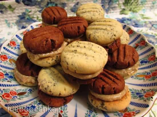 Двойное маково-шоколадное печенье с масляно-халвичным кремом Двойное маково-шоколадное печенье с масляно-халвичным кремом