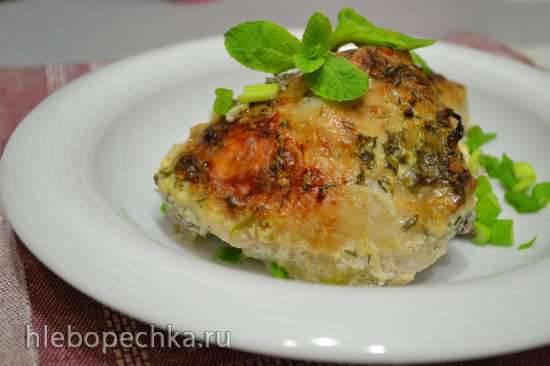 Курица порционная под сметанным соусом, запеченная в духовке