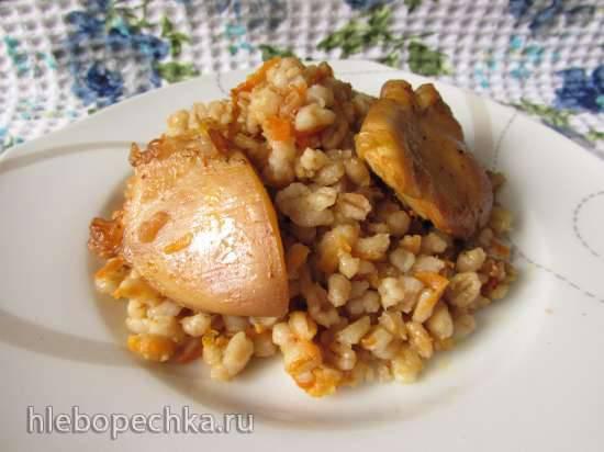 Перловка, запечённая с курицей (в духовке)