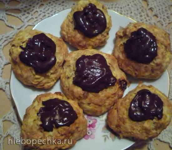 Печенье с яблоком и изюмом низкокалорийное