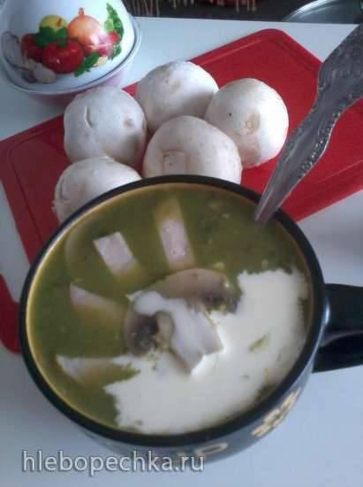 Зелёный суп из брокколи с шампиньонами