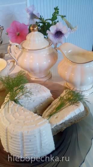 Сырный крем для летнего завтрака на веранде под любимой яблоней