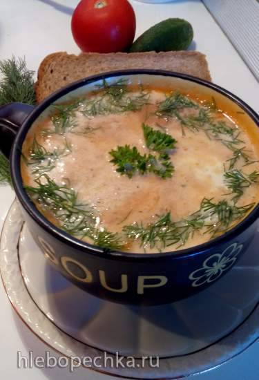 Крем-суп из кабачков, томатов с сардельками, плавленным сыром и овсянкой Крем-суп из кабачков, томатов с сардельками, плавленным сыром и овсянкой