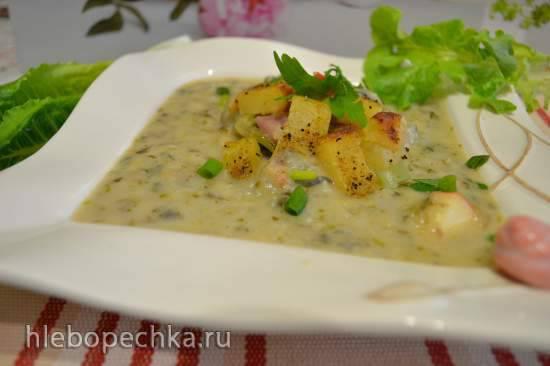 Яблочно-салатный суп-пюре, с запеченным на гриле картофелем Яблочно-салатный суп-пюре, с запеченным на гриле картофелем