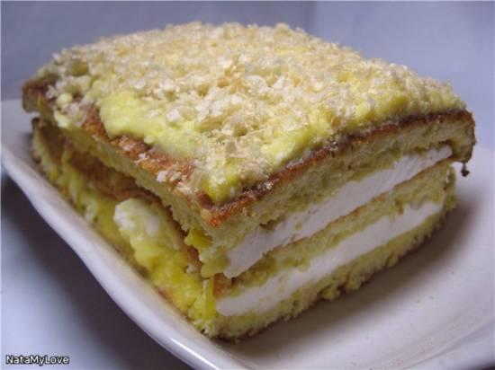 Торт бисквитный трёхслойный