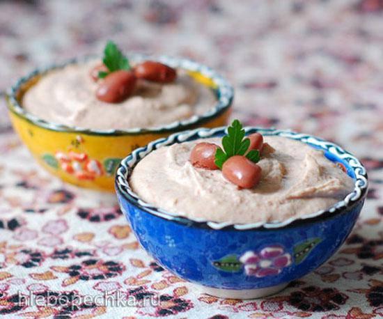 Хумус из красной фасоли