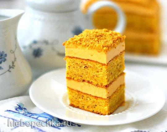 Бисквитные пирожные из тыквы с миндалём