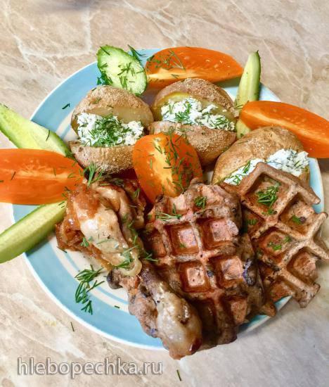 Быстрый обед из печеной картошки, куриных голеней и вафель из грибов Быстрый обед из печеной картошки, куриных голеней и вафель из грибов