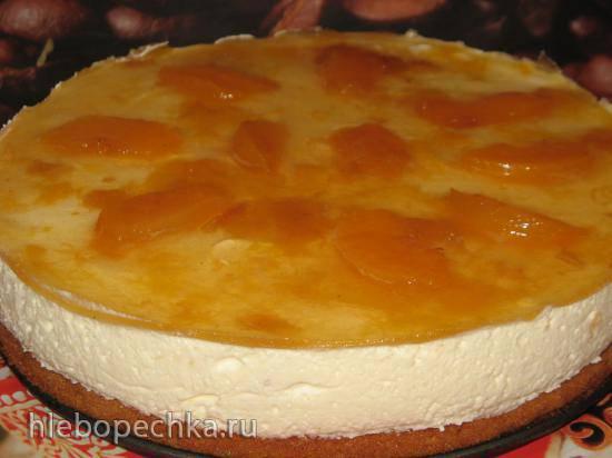 Торт с маскарпоне и консервированными персиками