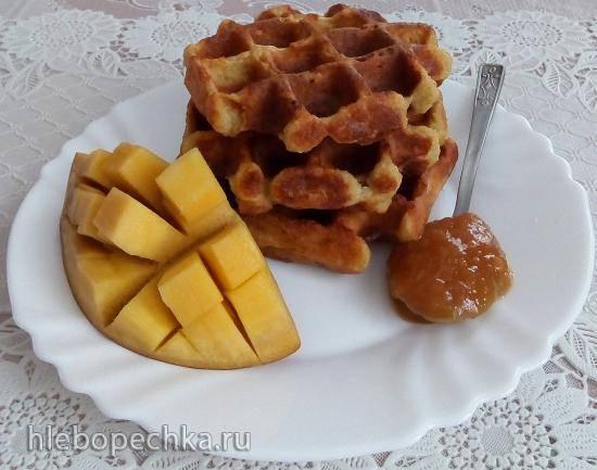 Толстые творожные вафли с манго (без муки)