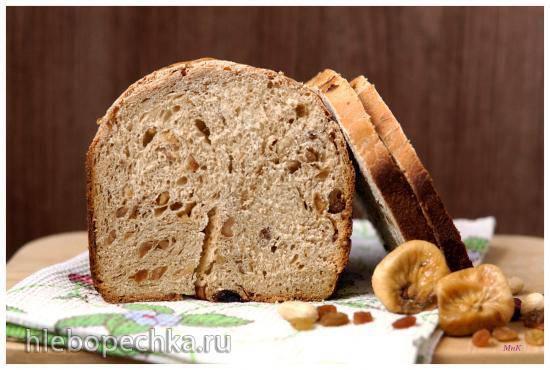 Хлеб пшеничный луковый с инжиром, изюмом и орехами