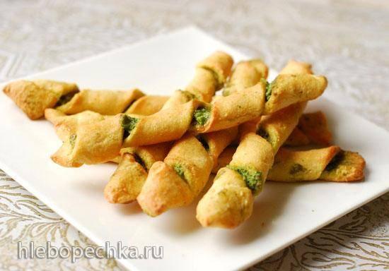 Низкоуглеводные хлебные палочки с песто