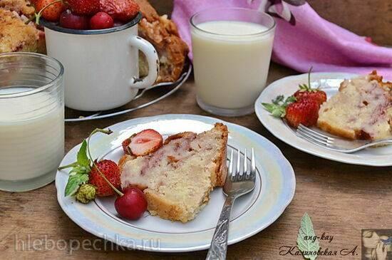Клубничный йогуртовый кекс