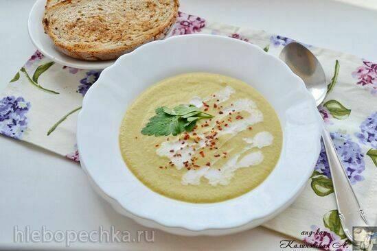 Постный крем-суп из цветной капусты и брокколи с карри