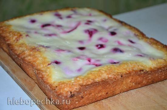 Пирог фруктово-ягодный со сметанно-ванильной заливкой