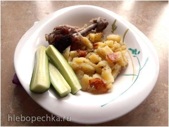 Голени с картошкой в мультиварке Cuckoo 1004f