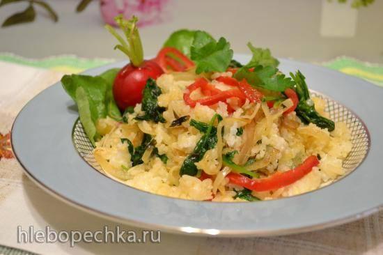 Отварной рис, обжаренный с ботвой редиса