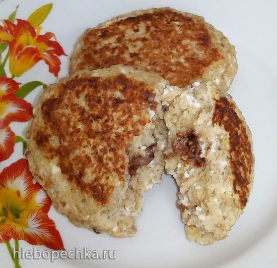 Быстрый и полезный завтрак с овсяными хлопьями, творогом и шоколадом