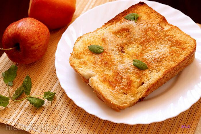 Яблочный пирог с хлебом (Torta di mele e pane)
