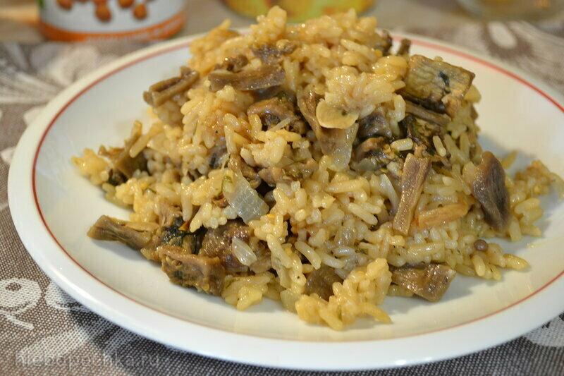 Рис отварной с сушеными баклажанами в маринаде
