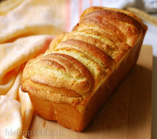 Сдобный хлеб на йогурте с миндальной прослойкой