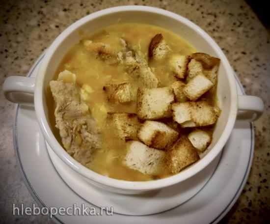 Суп гороховый со свиной рулькой на масле из виноградных косточек