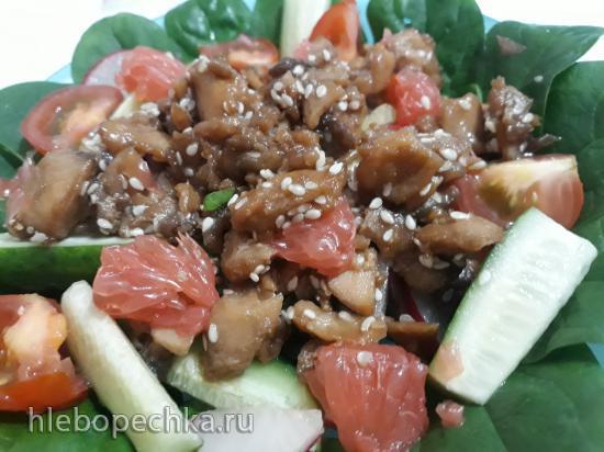Жаренный лосось с грейпфрутом в медово-соевом соусе