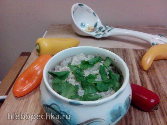 Салат из вареной капусты с орехом