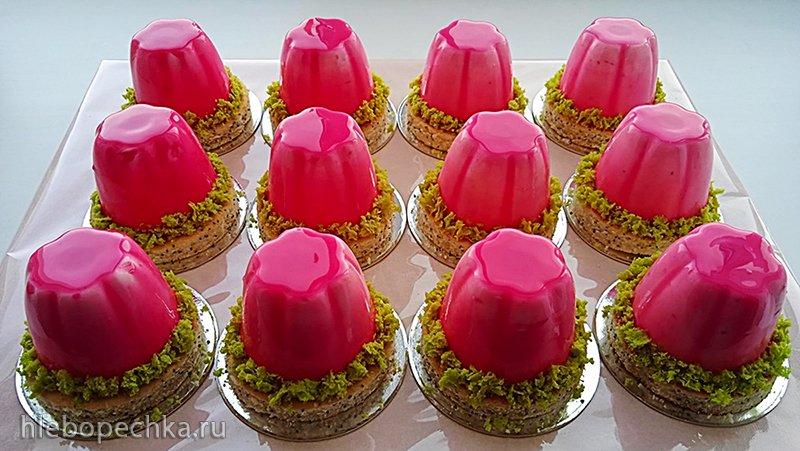 Муссовые пирожные «Клубника со сливками» (+видео)