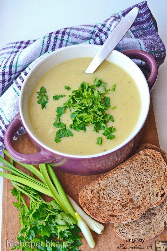 Суп-пюре из цветной капусты с карри и кокосовым молоком