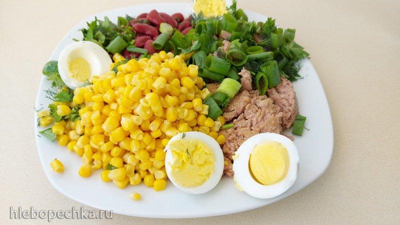Салат с тунцом, кукурузой, фасолью, зеленью (+видео)