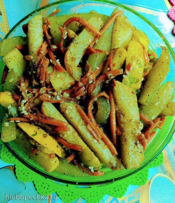 Жареные огурцы с морковью «по-корейски»