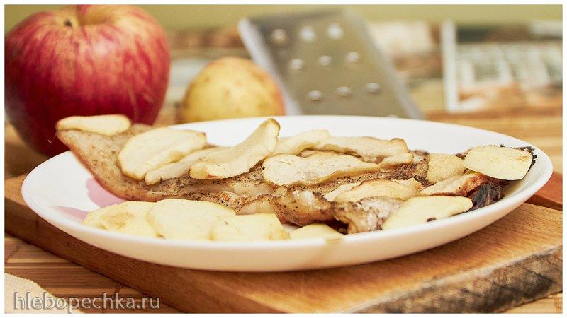 Ужин из двух ингредиентов: пангасиус с яблоками, в духовке