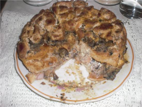 Пирог мясной с драниками