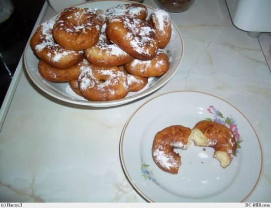 Пончики творожные