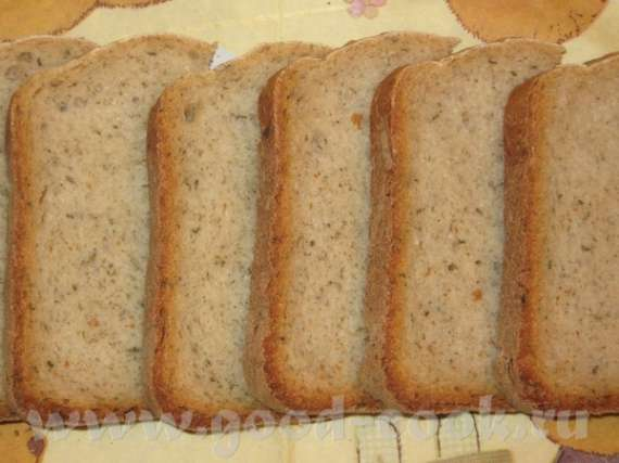 Хлеб с хреном и травами