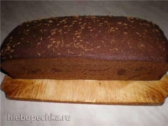 Хлеб ржаной заварной формовой на закваске.