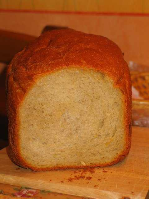 Гречнево-кукурузно-пшеничный хлеб с тыквенными семечками и кленовым сиропом