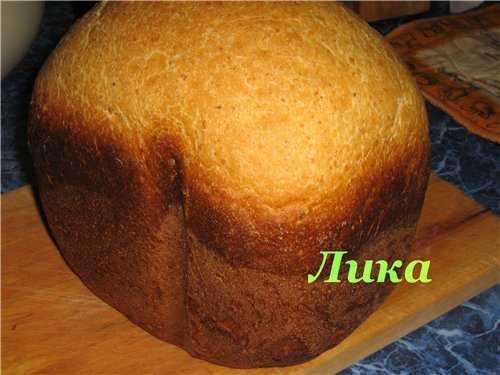 Хлеб пшеничный с овсянкой и яблоком на кефире