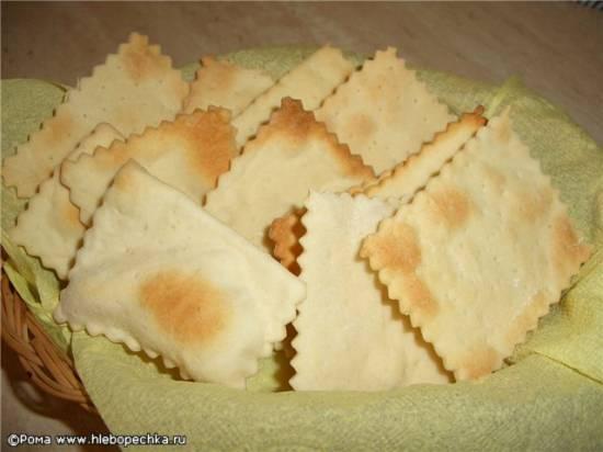 """Крекеры простые пшеничные """"Хрустики"""""""