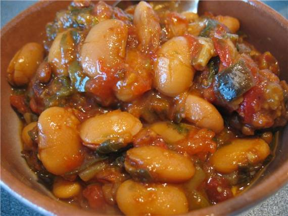 Фасоль, чечевица с овощами (Cuckoo 1054)