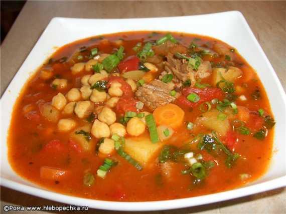 Суп нутовый красный