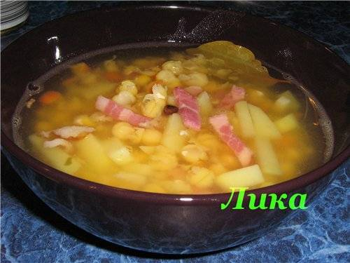 Суп гороховый с беконом в мультиварке