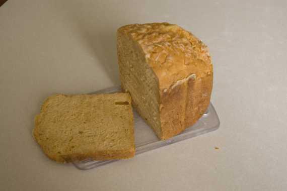 Томатный хлеб с сыром  в хлебопечке
