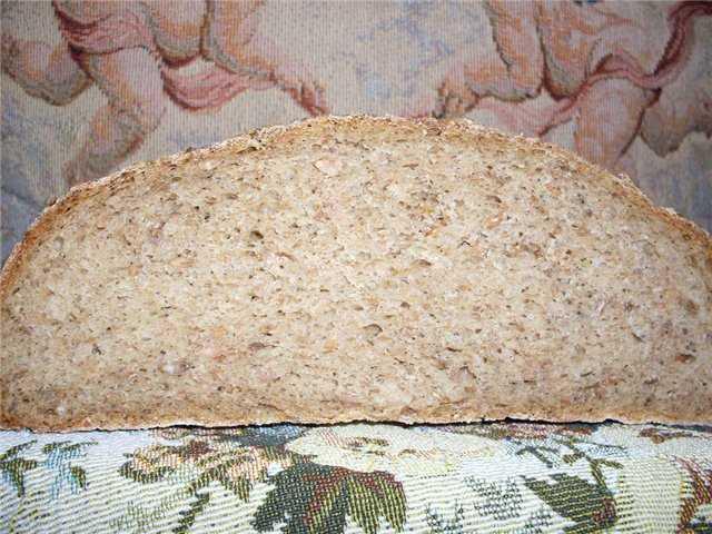 Хлеб пшенично-ржаной на закваске с диспергированным зерном
