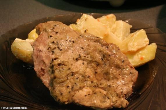 Мясо с киви и картофелем ( Cuckoo 1054)