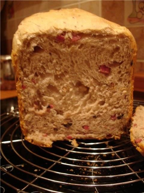 Оливковый хлеб на вине (хлебопечка)