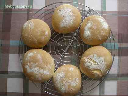 Нежные белые булочки