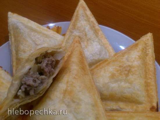 Слоёные пирожки с мясом и капустой в сэндвичнице Steba SG40