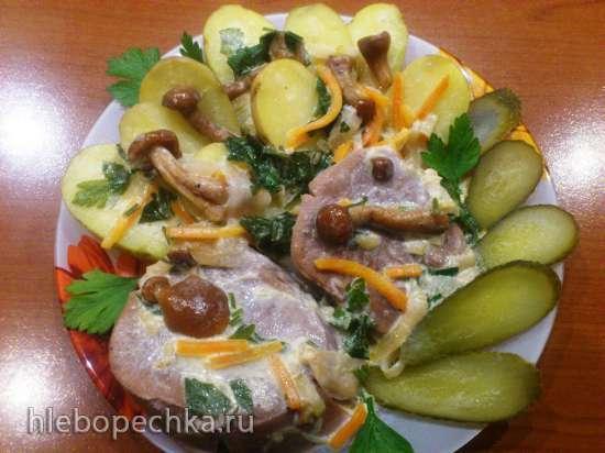 Язык говяжий с грибами под сливочным соусом